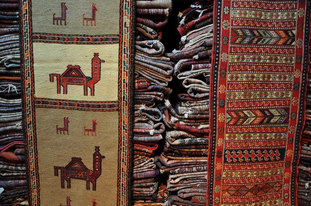 Ročno izdelane perzijske preproge.