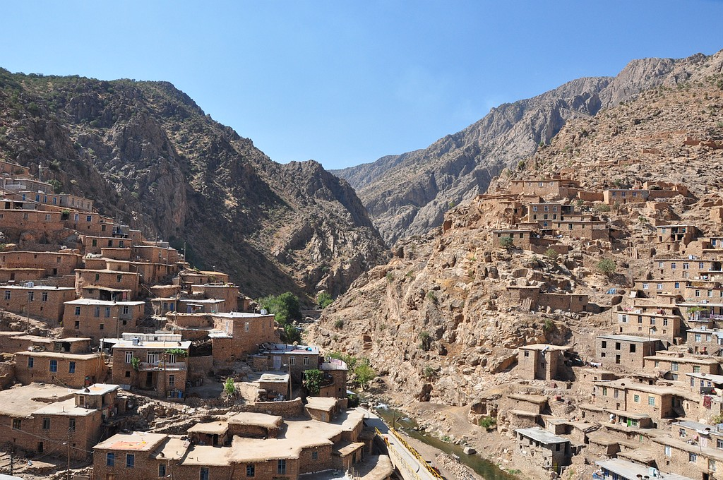 Tradicionalna kurdska vasica Palangan