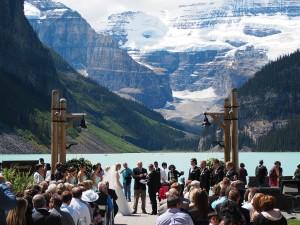 sanjska poroka ob Lake Louise