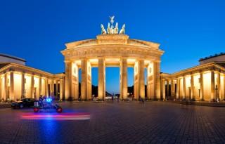 berlin-naslovna
